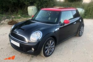 Mini auto detailing mobile services