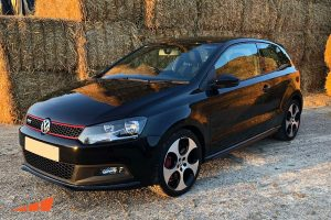 Volkswagen Golf car detailing